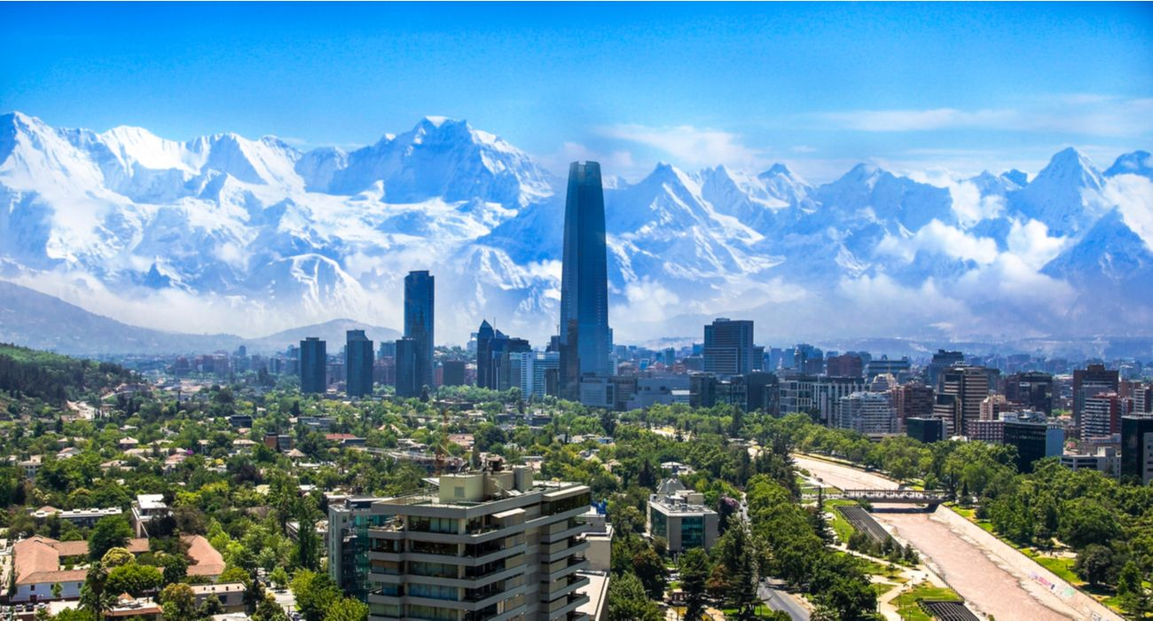 If You're Visiting Chile For Its Landscape, This Is The Best Time To Go (And Why)